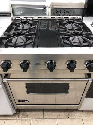 VIKING gas stove for Sale in Dearborn, MI