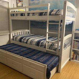 Bunk Bed With Trundle for Sale in Newport Beach, CA