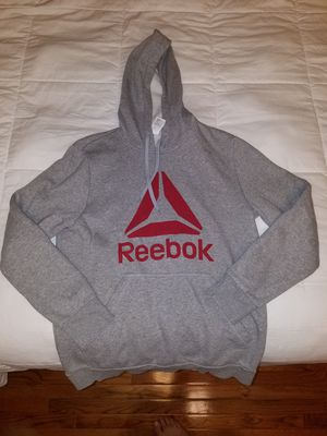 Reebok Sweatshirt Size Medium (mens) for Sale in Fairfax, VA