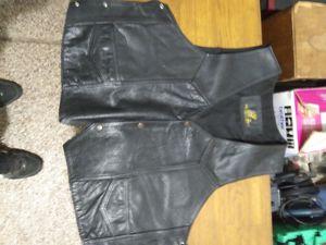 Xml leather vest for Sale in Richfield, UT