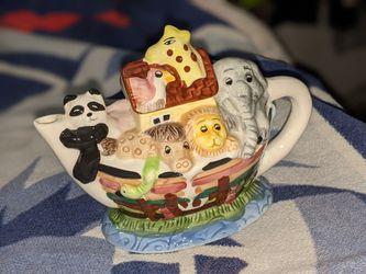 Noah's Ark Tea Pot (sm) for Sale in Rockville,  MD