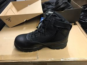 Work boots men size 9.5 for Sale in Bolingbrook, IL