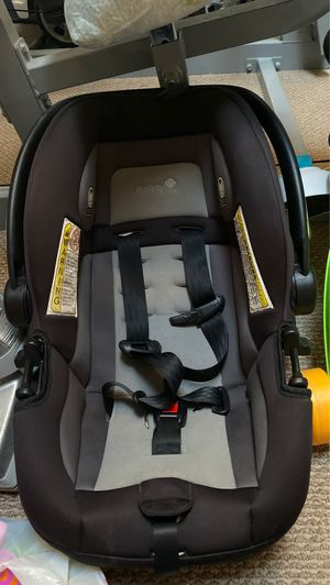 Baby safety 1st car seat for Sale in San Antonio, TX