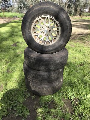 95 Jeep Grand Cherokee Rims and Tires $175 for Sale in Visalia, CA