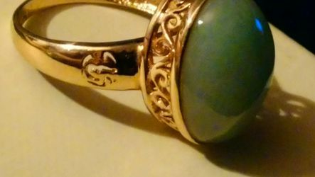 BEAUTIFUL 14K WITH GORGEOUS JADE STO NE for Sale in Peabody,  MA