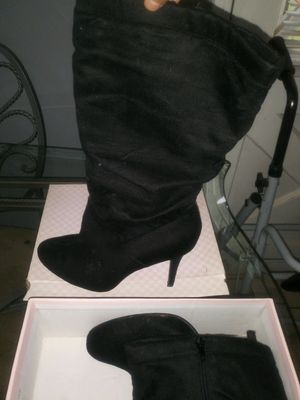 Black heeled boots for Sale in Fontana, CA
