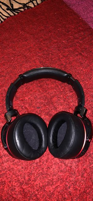 Sony extra bass headphones for Sale in Berkeley, IL