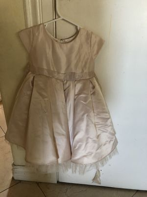 Champagne beige toddler girl flower girl dress wedding dress for Sale in Cerritos, CA