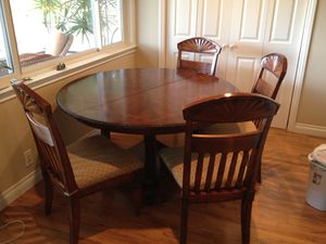 Dining kitchen poker game table for Sale in Mission Viejo, CA