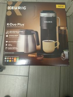 Keurig K-Duo Plus Ground Coffee/K-Cup Coffee Maker for Sale in Tacoma,  WA