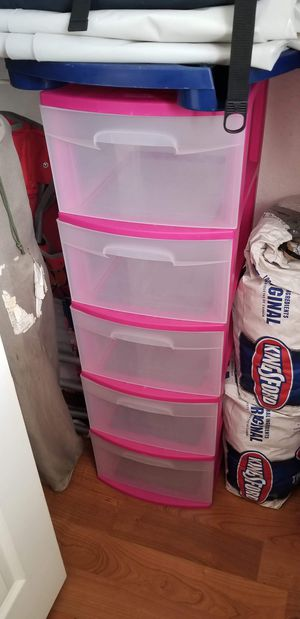 6 drawer plastic container for Sale in Davie, FL