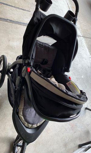It's a stroller and a car seat and the car stand there in good condition Am selling it because I have to upgrade my sons car seat..I got no space for for Sale in Santa Maria, CA