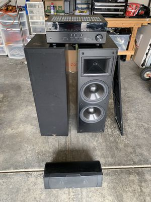 Yamaha receiver, Klipsch speakers, Infinity center for Sale in Lake Stevens, WA
