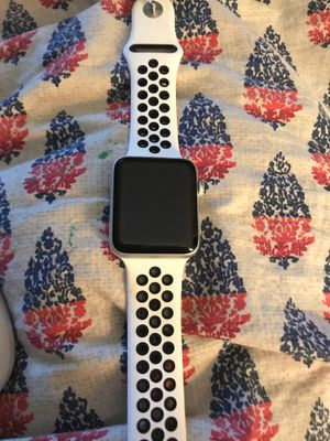 Apple Watch Series 3 42mm for Sale in Anniston, AL