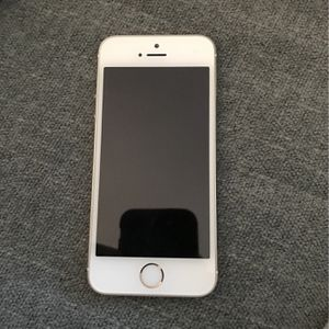 iPhone 5 Hardly Used for Sale in Menifee, CA