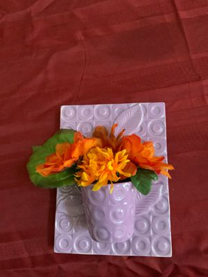 Wall Decor/Flower Pot for Sale in Hanover, MD