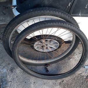 "26"" cruiser front tire for Sale in Monrovia, CA"