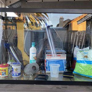 Fish Tank for Sale in Nuevo, CA