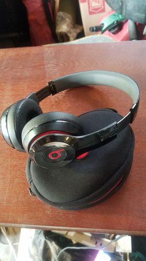 BEATS WIRELESS SOLO MODEL BO534 for Sale in Lakewood, CO
