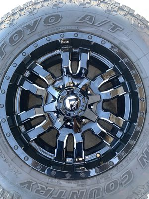 Toyo AT Tires & Fuel Sledge Rims for Sale in Phelan, CA