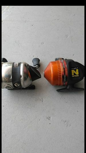 2 fishing reels for Sale in Royal Palm Beach, FL