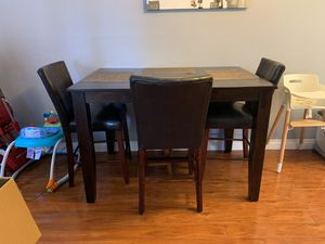 High top kitchen table for Sale in San Diego, CA