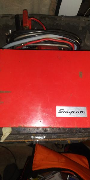 Vintage snap on Mt 460 cylinder shortening expanding scale tachometer for Sale in St. Louis, MO