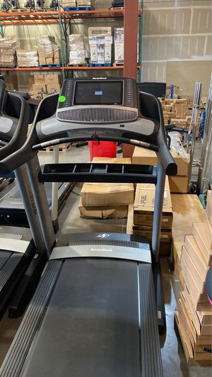 NordicTrack Commercial 2450 Treadmill for Sale in Peoria, AZ