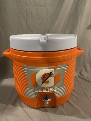 7 gallon cooler for Sale in Canonsburg, PA