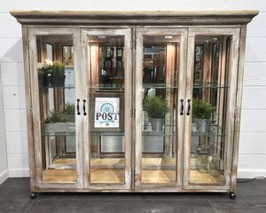 Rustic curio display hutch for Sale in Canby, OR