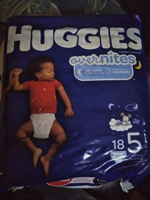 Pampers Huggies overnights 18 count size 5 for Sale in Chicago, IL