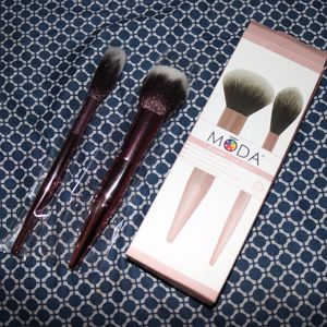 MODA Makeup Brushes Duo for Sale in Los Angeles, CA