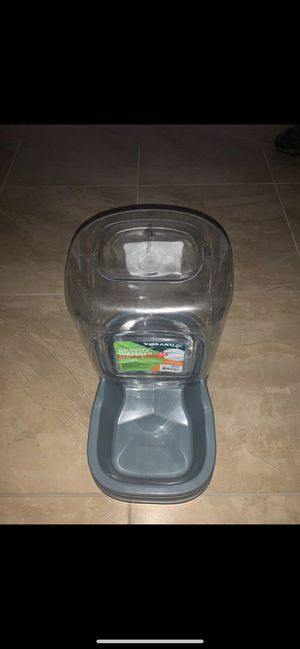 Gravity waterer for dogs for Sale in Port St. Lucie, FL