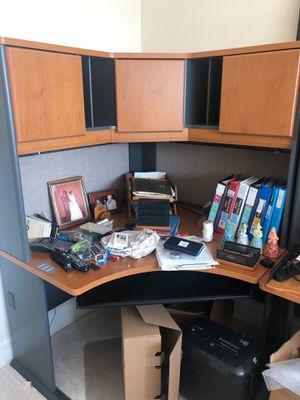 Free free desk for Sale in Miami, FL