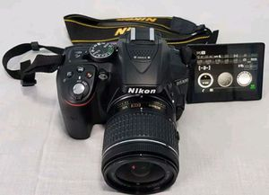 Nikon D5300 for Sale in San Mateo, CA