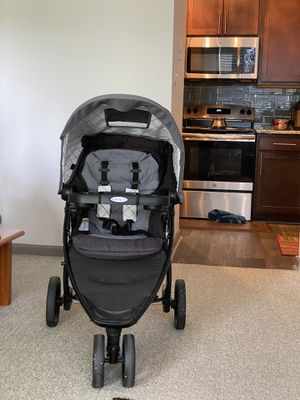 Graco stroller. Rarely used. Bought from Target. Smoke and pet free. for Sale in Atlanta, GA