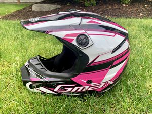 Youth Motorcycle Helmet GMAX (Medium) for Sale in Maple Valley, WA