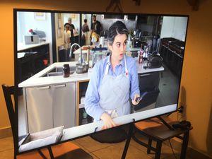 """SAMSUNG 65"""" 4K 2160 UHD SMART TV for Sale in Miami, FL"""