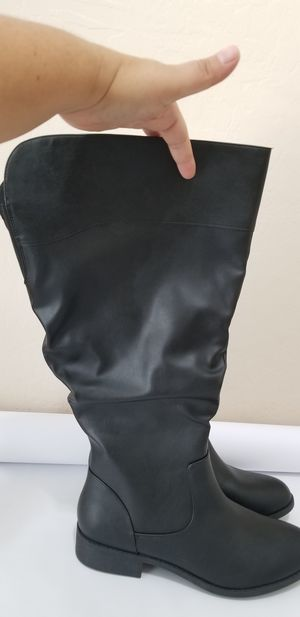 New without box Ladies boots size 11W for Sale in Phoenix, AZ