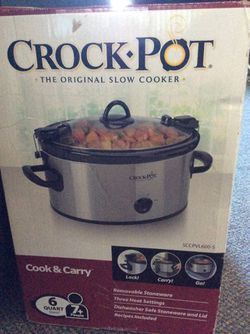 Crock Pot brand slow cooker in box great for winter soups and stews, bone broths and more. for Sale in Sunnyvale,  CA