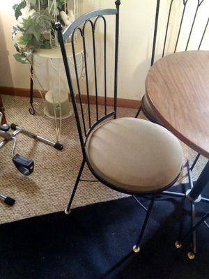 Kitchen Table Small for Sale in Groveport, OH