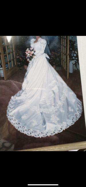 Beautiful Wedding dress for Sale in Tacoma, WA