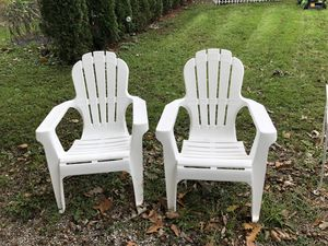Two lawn chairs for Sale in Monroe, MI