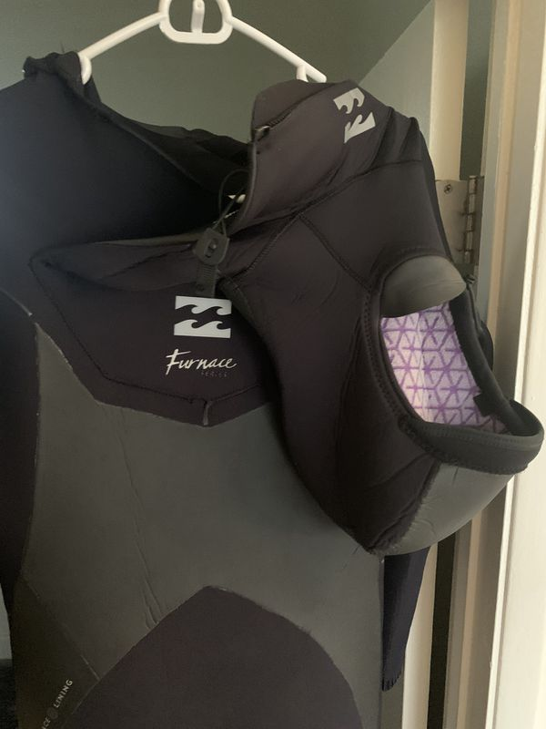 Billabong 4/3 hooded fullsuit XXL / excellent condition