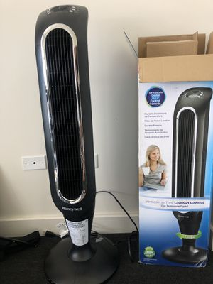 Honeywell Tower Fan. for Sale in Chicago, IL