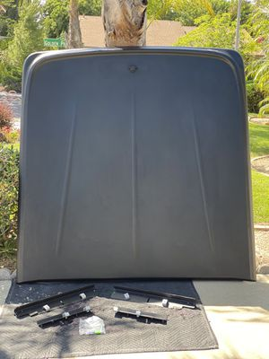 Tonneau Cover / UnderCover for Sale in Diamond Bar, CA