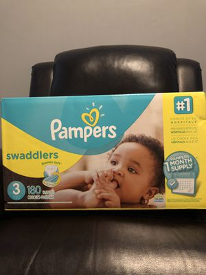 Pampers Swaddlers Size 3 for Sale in Los Angeles, CA