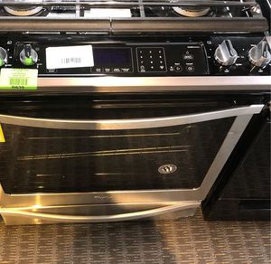 Whirlpool Stove WEG745H0FS XD10 for Sale in Fort Worth, TX