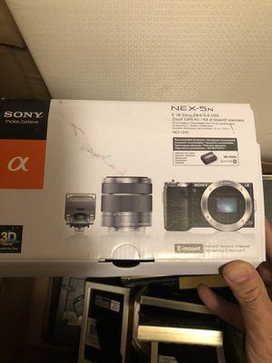 Sony camera nex-5n for Sale in Lake Grove, OR