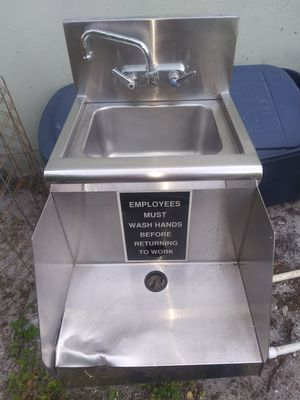 Hand washing sink for Sale in Oakland Park, FL